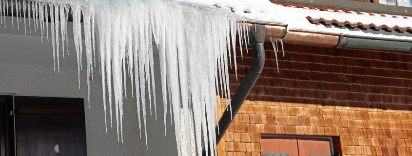 Removing Ice Dams from Your Roof_All Exteriors